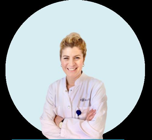 Das Bild zeigt die Dermatologin Karoline Jungclaus.